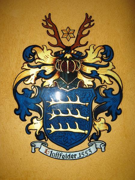 Glattfelder-family-crest