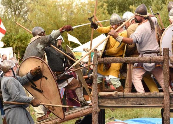 StamfordBridge-battle-reenactors.YorkPress-photo