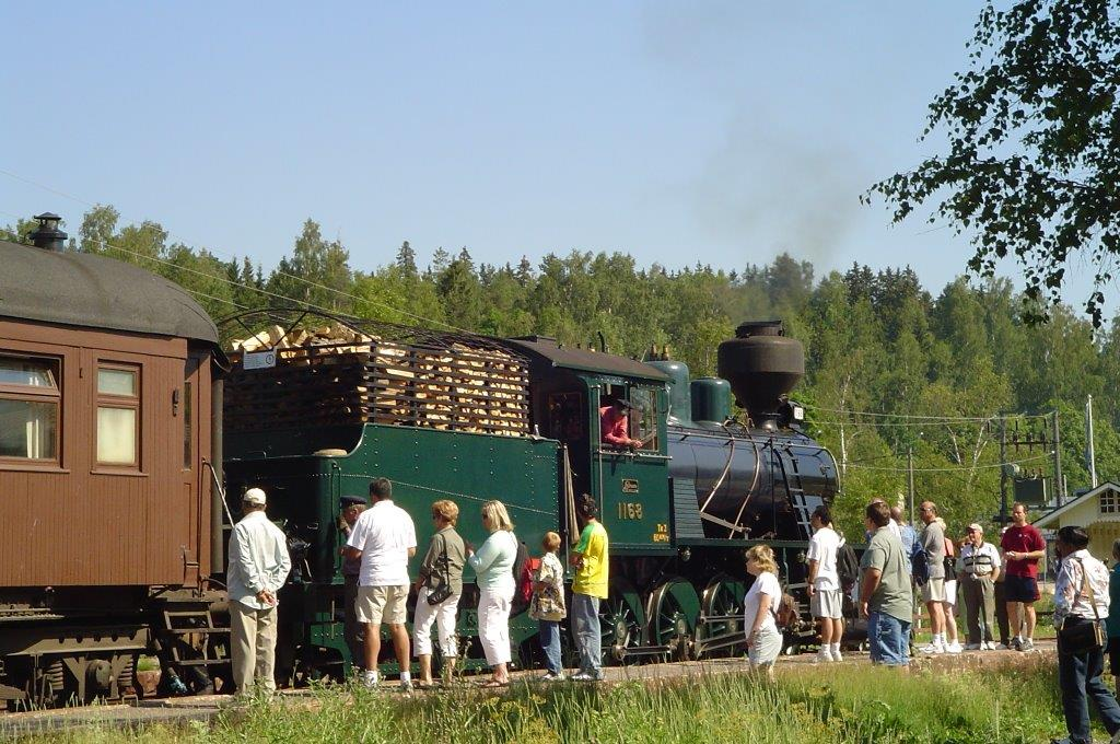 Russian-train-in-Finland.AD2006